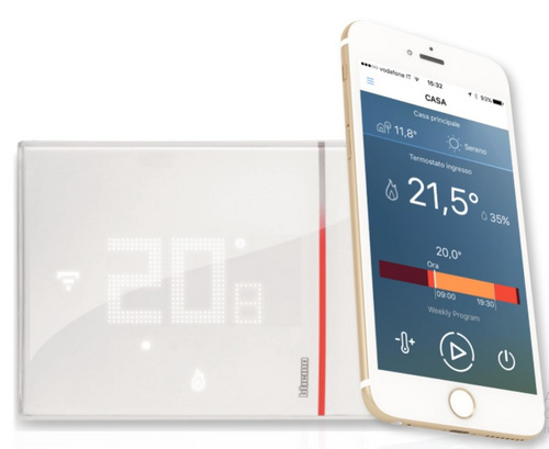 Wi-Fi thermostat Bticino X8000 + Android/iOS phone